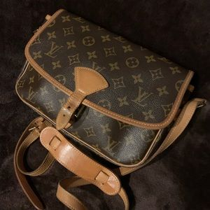 Louis Vuitton 2003 Vintage Sologne Discontinued